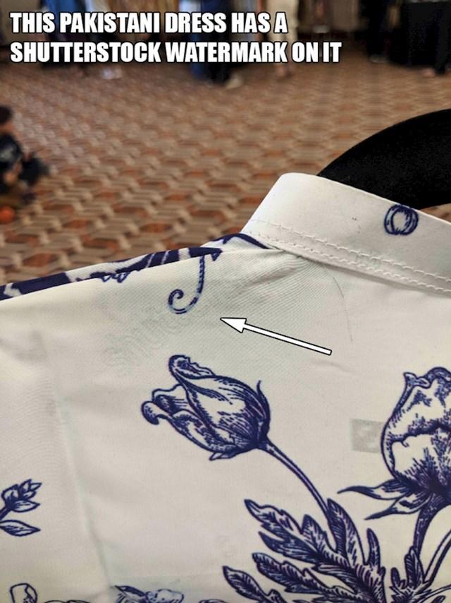 13. Ova haljina iz Pakistana ima Shutterstockov vodeni žig na sebi...