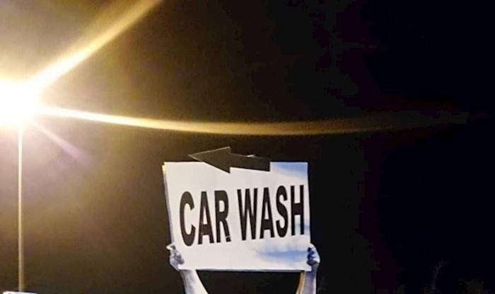 Znak za autopraonu u Zadru ne možete ne primijetiti, vozači već godinama umiru od smijeha