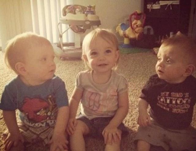 """""""Moji sinovi blizanci danas su prvi put upoznali djevojčicu svojih godina. Ovo je bila njihova reakcjia."""""""