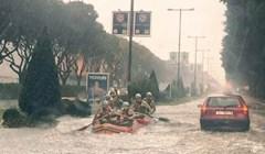 U Splitu za vrijeme poplava na ceste izlaze i neuobičajeni vozači