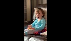 VIDEO Ova dvogodišnjakinja vidjela je Brucea Bannera kako se pretvara u Hulka, njezina reakcija je neprocjenjiva