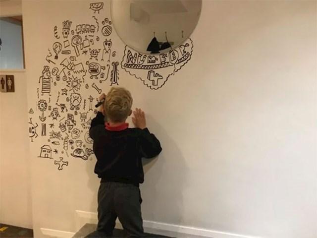 Joeovi roditelji poslali su ga na tečaj crtanja nakon škole. Njegovom učitelju svidjela se njegova umjetnost i odlučio ju je podijeliti na Instagramu.