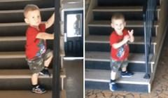 Prvo spuštanje niz stepenice mu je dobro išlo, dok nije počeo prerano slaviti