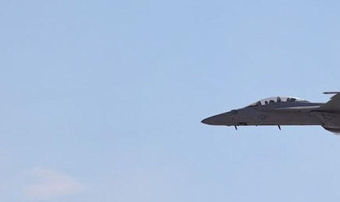 Pogledajte kako izgleda nevjerojatni trenutak kada zrakoplov probije zvučni zid