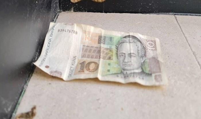 Netko je usporedio novčanicu s nečim što ne očekujemo da bude toliko veliko