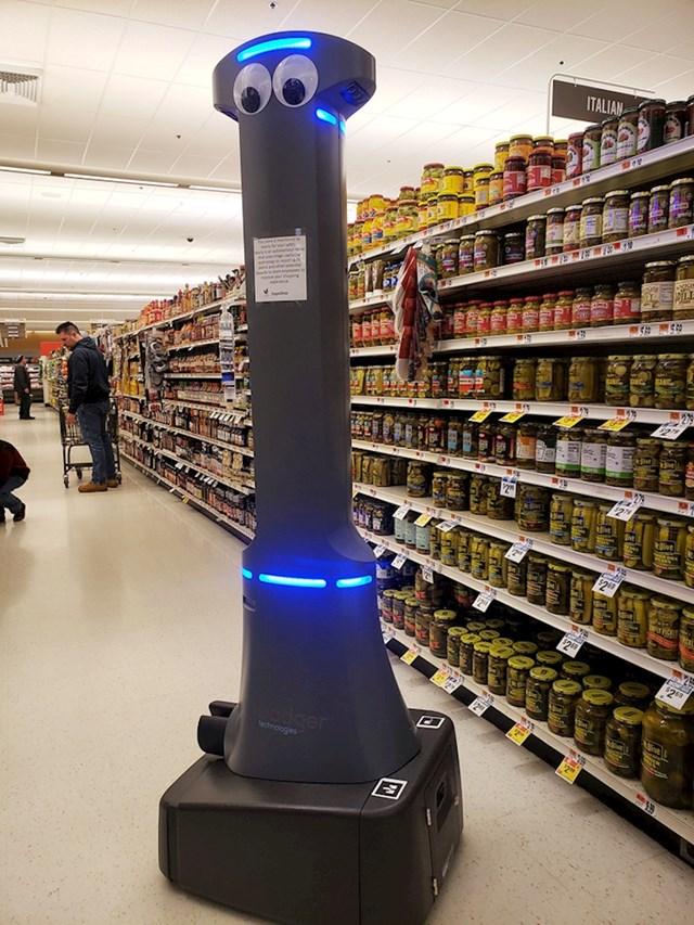 """""""Moj lokalni supermarket sada ima robusnog robota, čija je jedina svrha da počisti nešto u slučaju da se razbije. Zove se Marty. """""""
