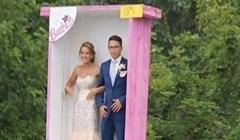 Ovi mladenci imali su prilično bizarnu želju, pogledajte u čemu su se dovezli na svadbu