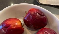 Žena je fotkala jabuke u jednom izlogu, nećete vjerovati što ljudi rade