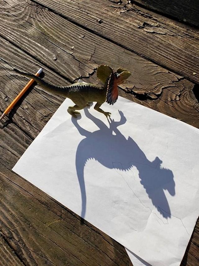 Kada moraš nacrtati dinosaura za školski projekt...