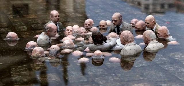 Ovaj kip političara koji raspravljaju o globalnom zatopljenju, nalazi se u Berlinu.