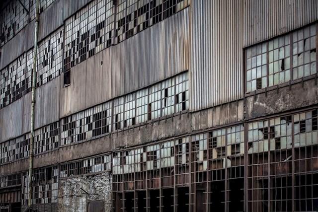 Brojni zaposlenici radili su u tvornici više od 35 godina.