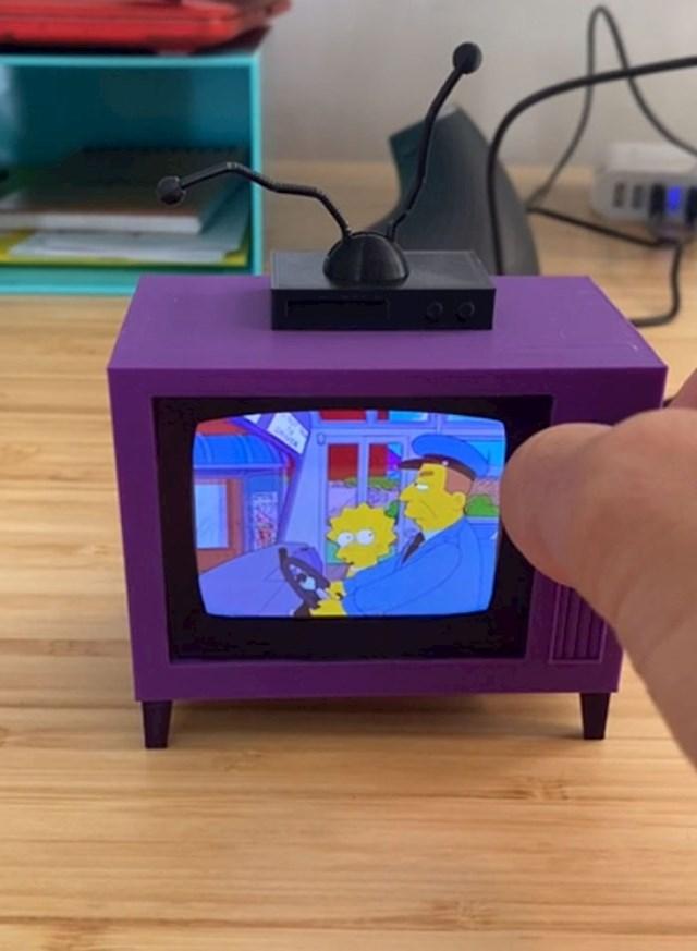 """""""Dizajnirao sam i isprintao TV sa Simpsonima koji radi!"""""""