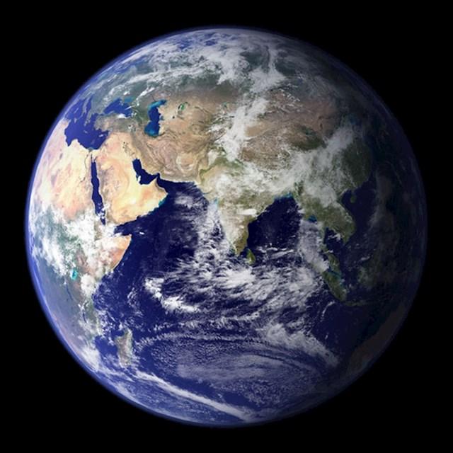 Ovo je Zemlja, planet na kojem trenutno živimo.