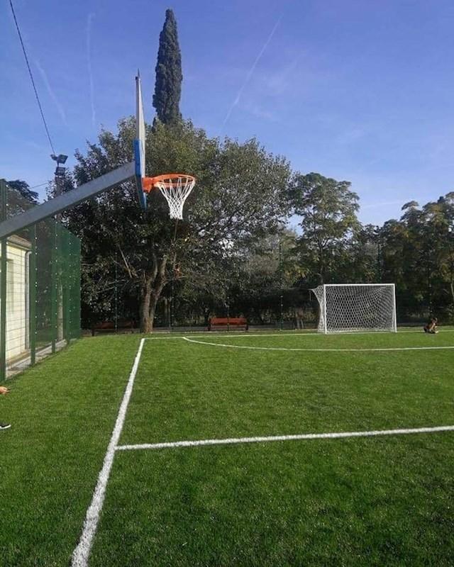 Košarka na travi?