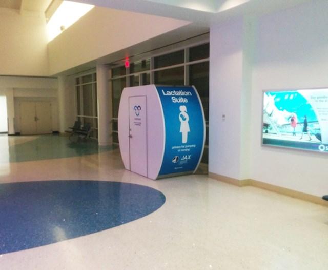 Ova zračna luka ima kabine za dojenje.