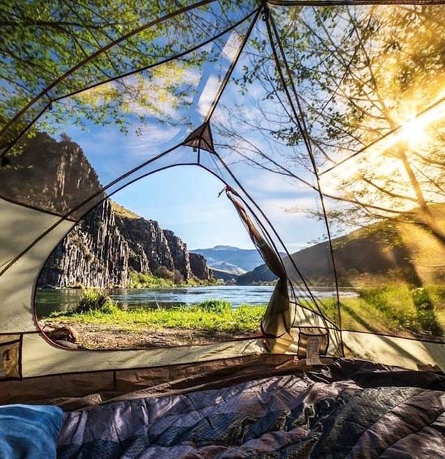 Buđenje u ovom prozirnom šatoru, mora biti nevjerojatno.