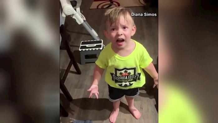 VIDEO Pogledajte urnebesnu reakciju dječaka kada ga majka ne poljubi prije odlaska na posao