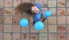 Pogledajte kako izgleda žongliranje iz ptičje perspektive
