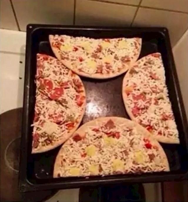 Imate dvije kupovne pizze i želite što prije jesti? Ovako ih možete istovremeno obje ispeći.