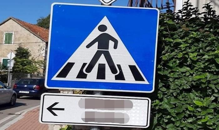 U ovom dalmatinskom mjestu očekuju vas urnebesni prometni znakovi