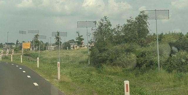 Čemu služe ove neobične instalacije kraj ceste u Nizozemskoj?