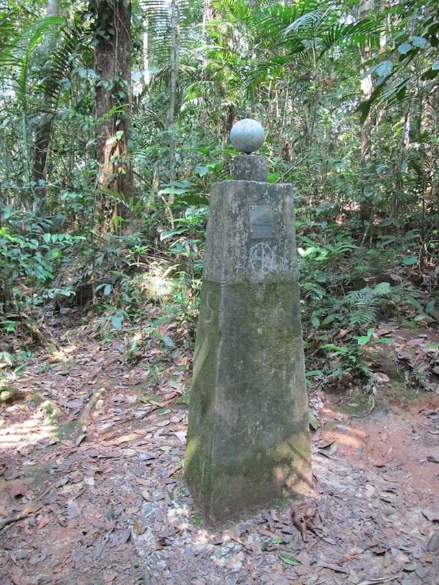 Usred šume u Amazoni pronašao je znak da je na ekvatoru