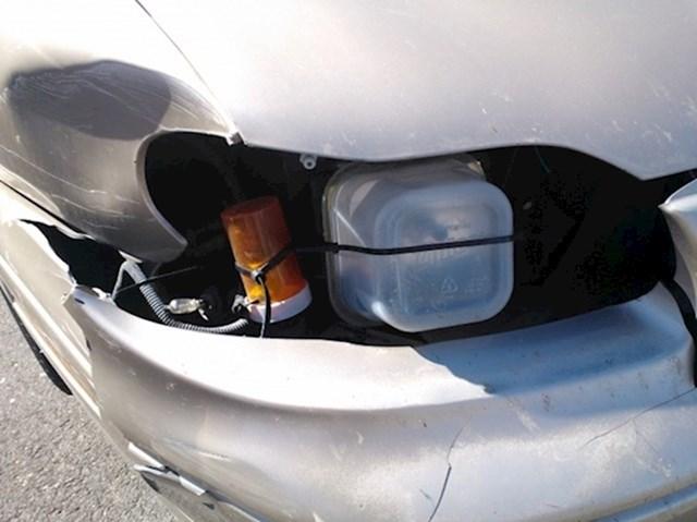 Kako (ne) popraviti svjetla na autu: