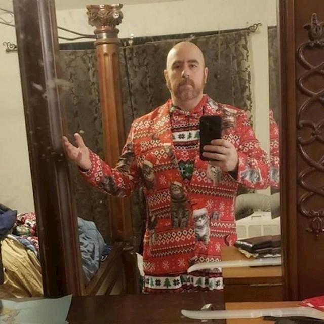 Supruga mi je rekla da se dem spremit za božićno fotkanje, mislim da sam spreman