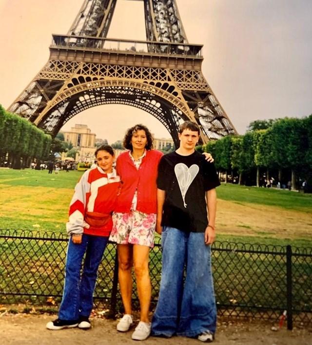 A mama je samo htjela finu fotku iz Pariza