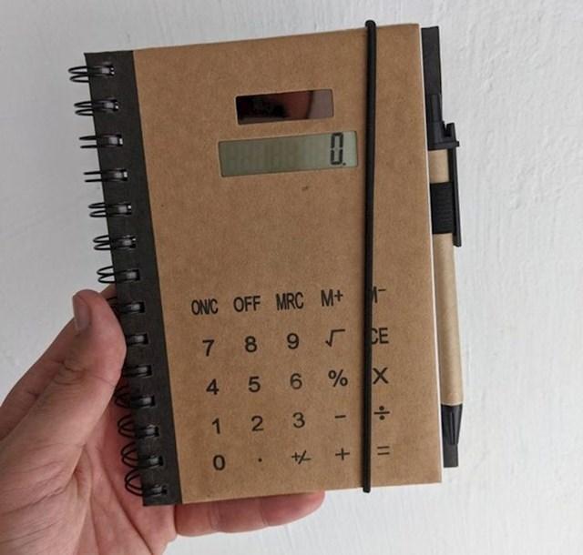 Ovaj notes je ujedno i kalkulator