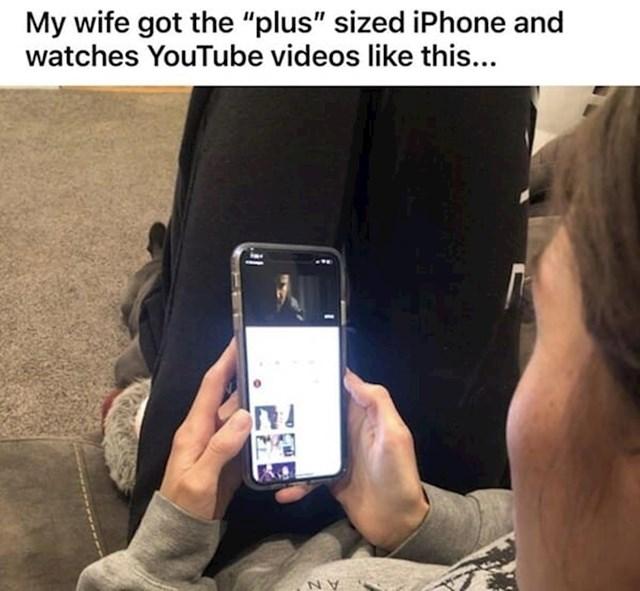 """""""Ima plus size iPhone s ogromnim ekranom i onda ovako gleda YouTube"""""""
