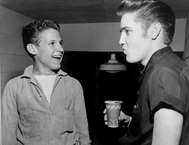 Otac nam je pričao da se družio s Elvisom. Nismo mu vjerovali, a onda je izvukao ovu fotku