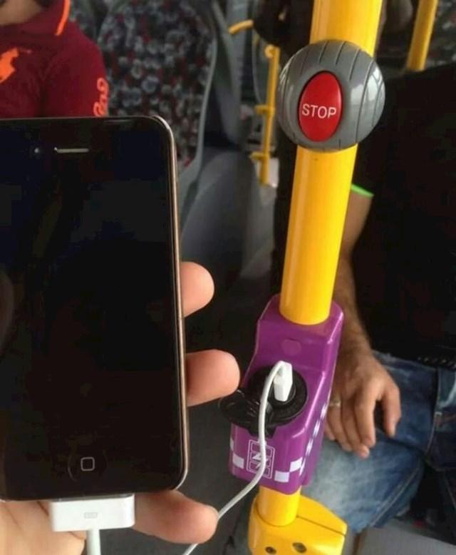 U javnom prijevozu imaju punjače za gadgete