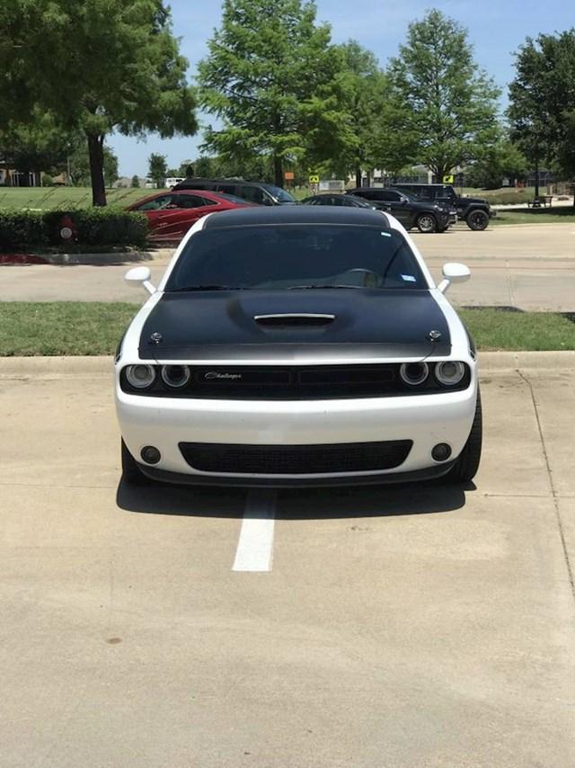 Ovako moj šef parkira