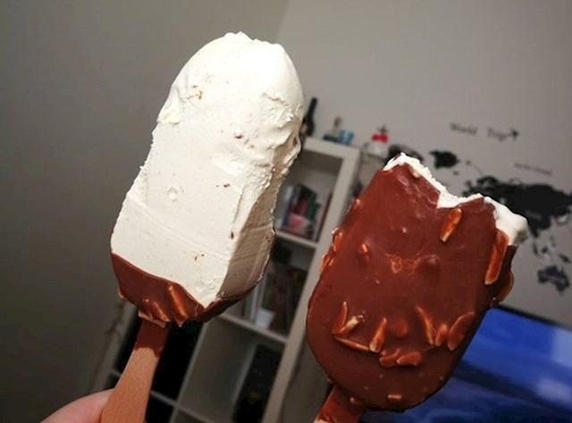 Dva načina jedenja sladoleda...