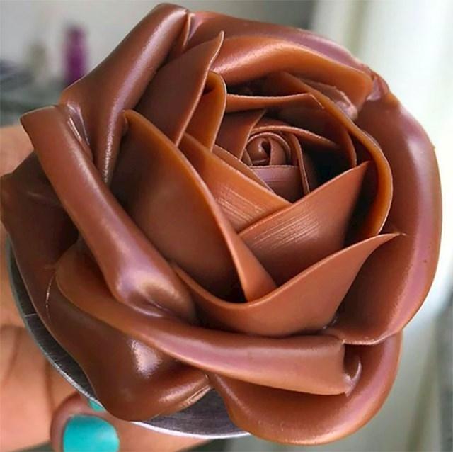 Čokoladna ruža
