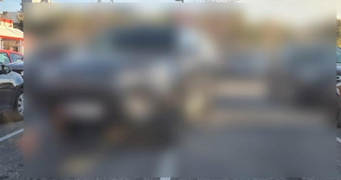 Neviđeni bezobrazluk: Pogledajte kako je Splićanin jednim potezom zauzeo 4 parking mjesta