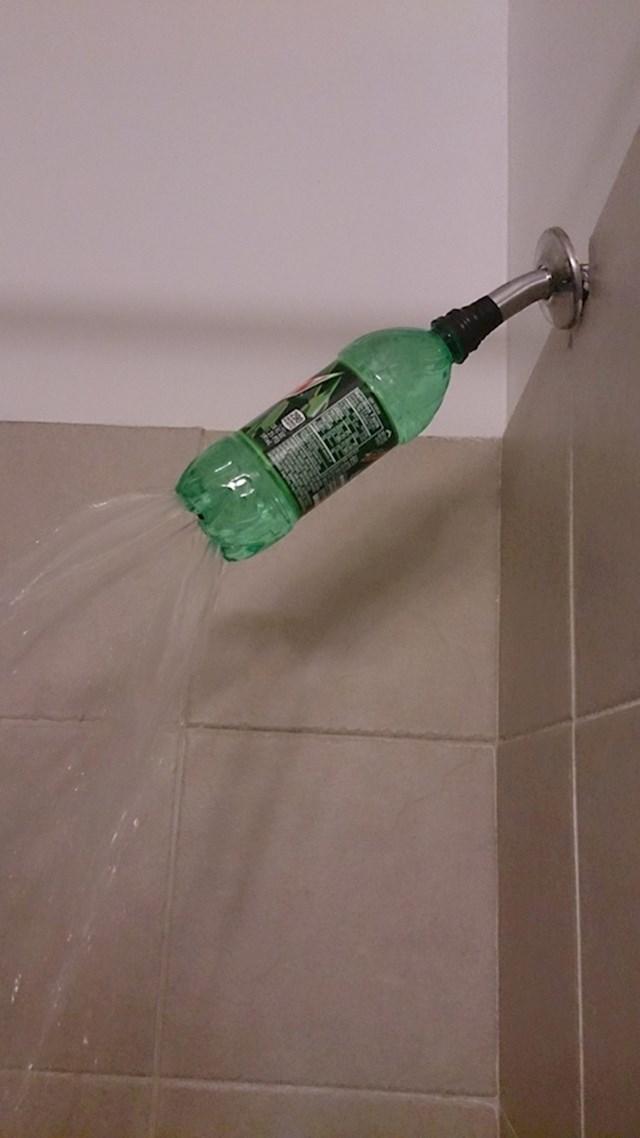 Jeste li znali da bocu možete iskoristiti i na ovakav način?