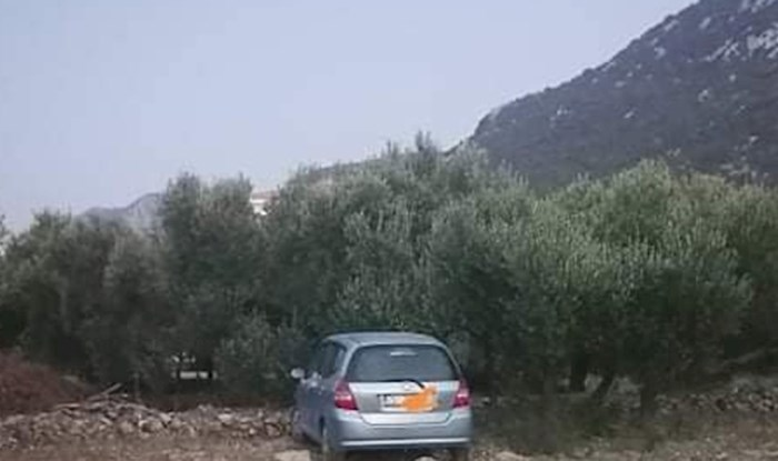 Tip u Dalmaciji je parkirao na privatnoj zemlji, ono što ga je dočekalo neće tako brzo zaboraviti