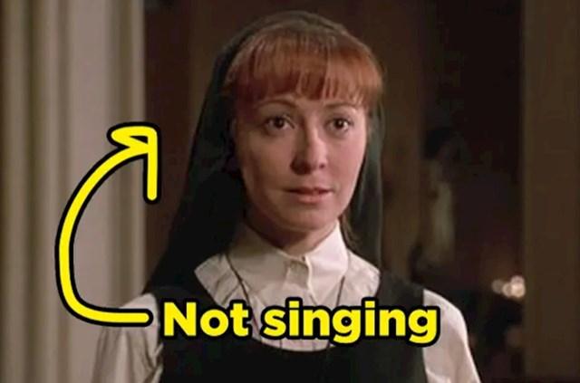 Redovnica u hit sceni iz Redovnice nastupaju ne pjeva nego samo otvara usta