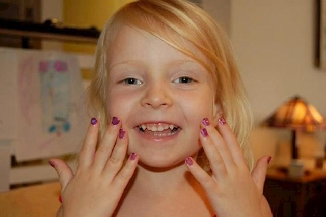 """""""Ako ste samohrani otac i imate djevojčice, morate naučiti lakirati nokte."""""""