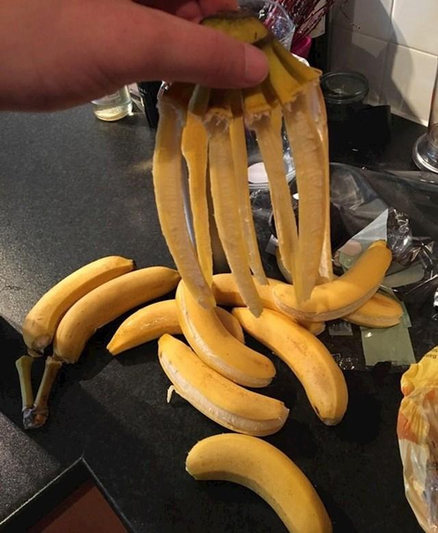 Izvadio sam banane iz vrećice i ovo se dogodilo