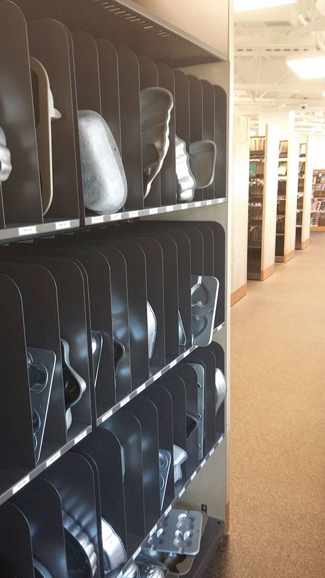 Knjižnica u kojoj možete iznajmiti gomilu različitih kalupa za kolače