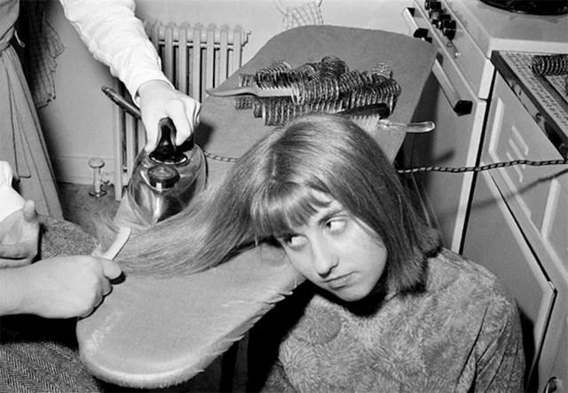 Peglanje kose je nekoć izgledalo ovako