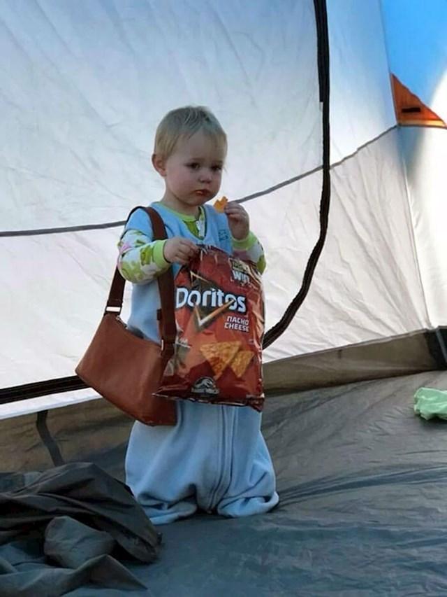 Na kampiranju smo i u 6 i 30 me probudio ovaj prizor