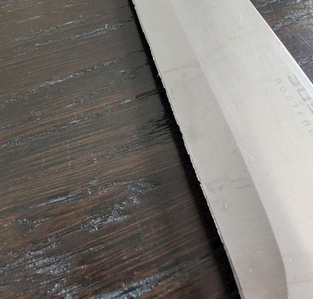 Ovo je nož u kući moje cure, ovo je nedopustivo
