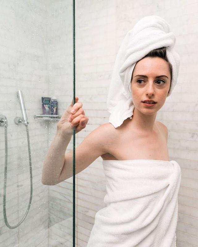 Tuširanje i pranje kose su dvije odvojene aktivnosti