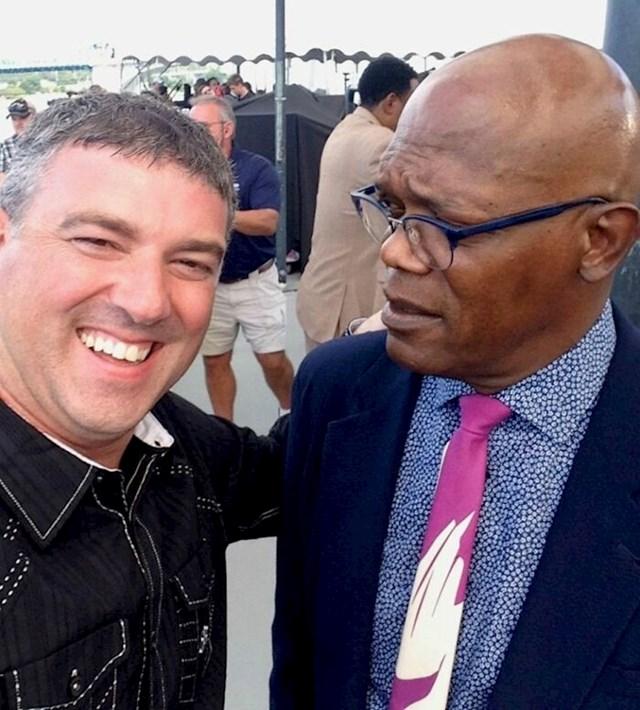 Sreo sam Samuela Jacksona i zamolio ga da složi iskrenu lice kakvo ima kad ga ljudi pitaju za fotke