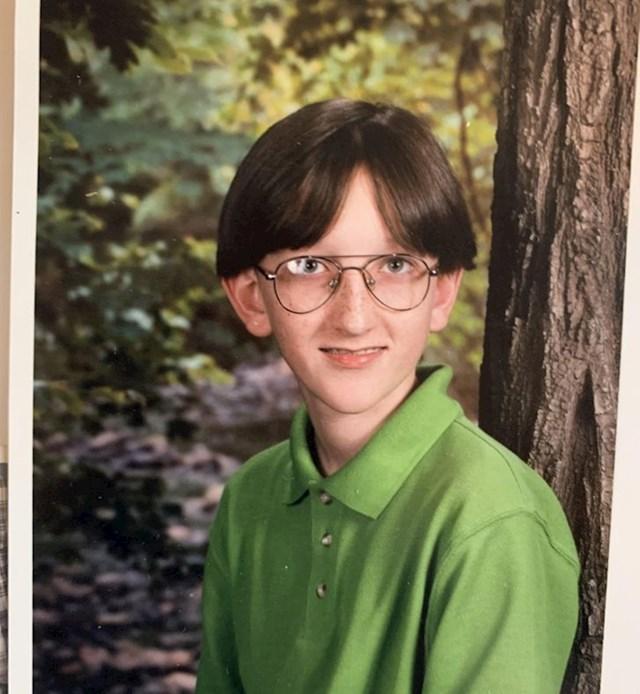 Meni je bilo suđeno da imam loše djetinjstvo s obzirom na štreberski izgled