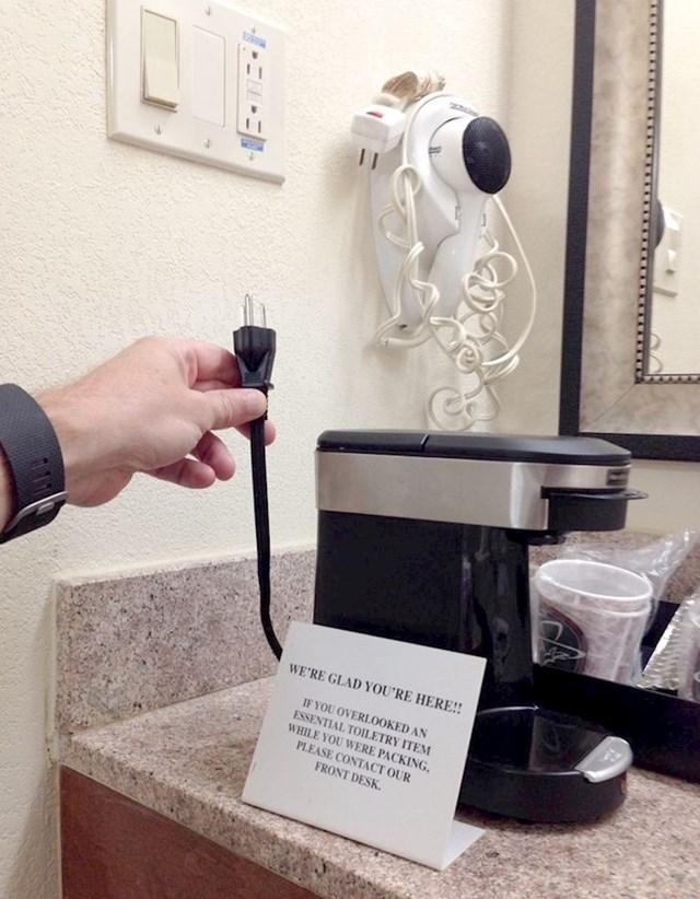 Ima aparat za kavu, ali kabel ne može dosegnuti utičnicu